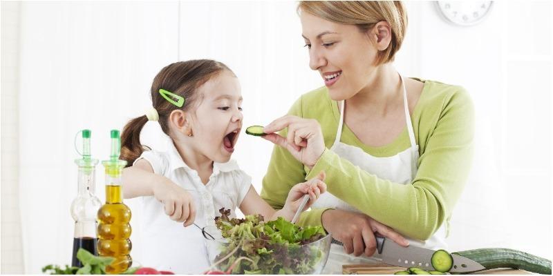Dinh dưỡng trẻ mới ốm dậy như thế nào để bé mau hồi phục sức khỏe