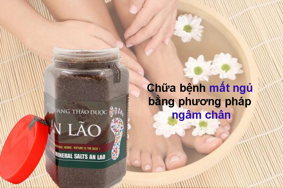Sử dụng combo Muối ngâm chân + Trà dưỡng tâm + Dinh dưỡng F1 để chưa mất ngủ, giảm đau khớp